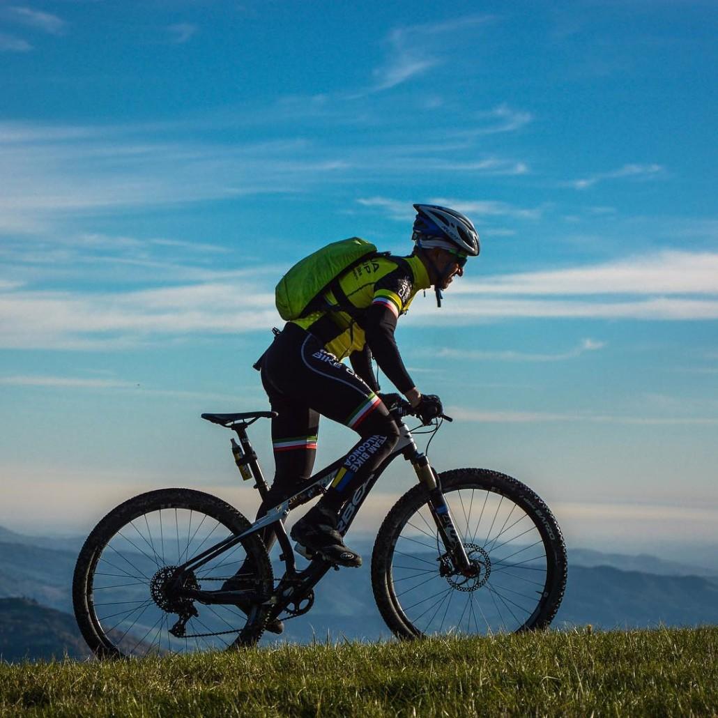 Il ciclismo non  solo uno sport E unavventura dihellip
